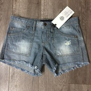 NWT Jessica Simpson pinstriped distressed shorts